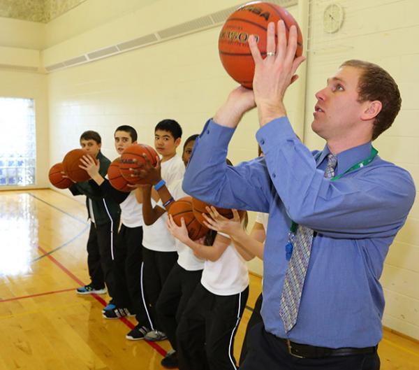 basketball-teacher-gym-2013-439
