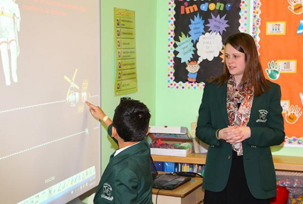 smart-board-student-teacher-2013-142
