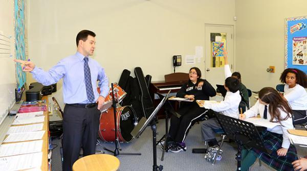 teacher-class-music-2013-748